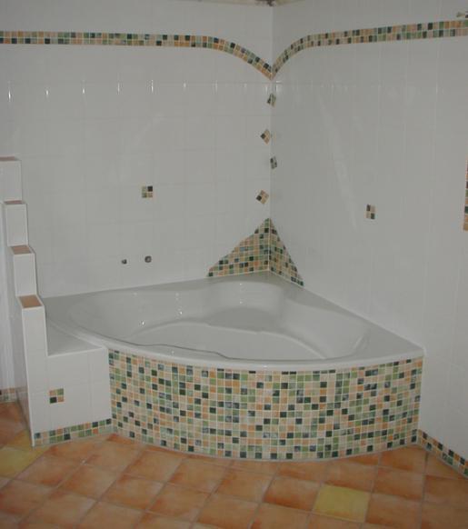 Badezimmer Fliesen Ideen Mosaik ~ Ideen Für Die Innenarchitektur ... Badezimmer Ideen Mosaik